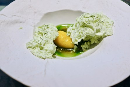 Disfrutar - Pandan, coconut foam, mango sorbet and pearls
