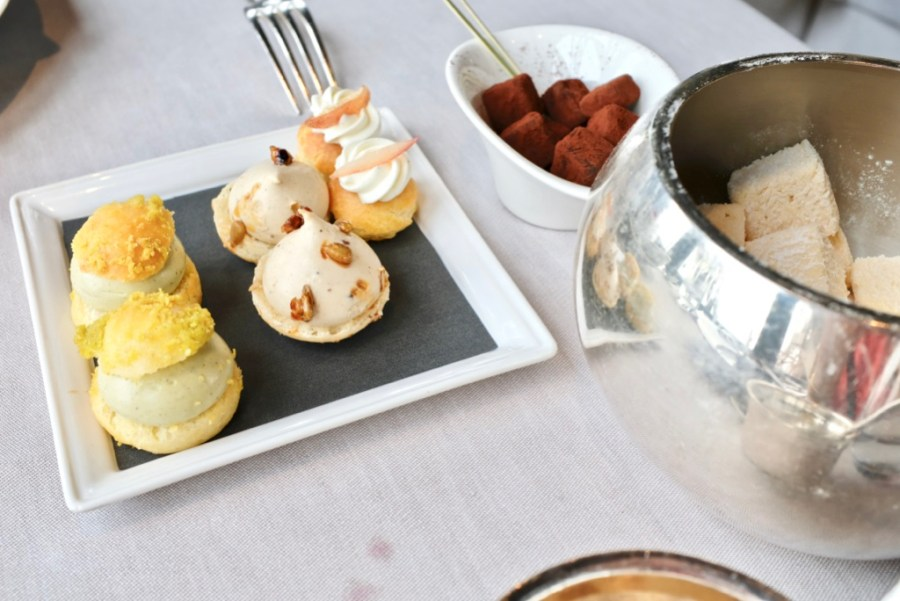 Le Jules Verne - Mignardises - pistachio, pumpkin seed, peach, truffle mint, marshmallow