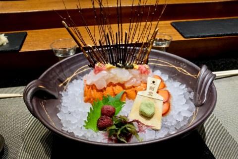 Kame Omakase - Live Lobster, Uni, Toro, Caviar, Gold Flake, Yamamomo (Mountain Peach), Kelp, Real Wasabi