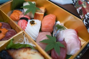 Hiroshi Takeout - Sushi Makunouchi Bento Box