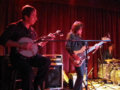 Lucinda Black Bear's Mike Cohen on banjo and Heidi Rodewald on Mike's bass. (Photo by SPM, all rights reserved)
