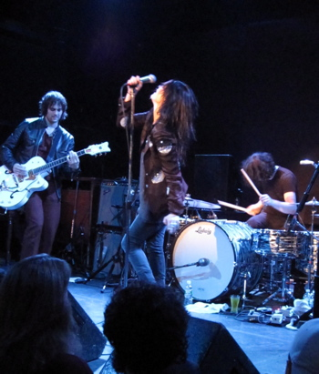 The Dead Weather at the Bowery Ballroom in NYC.  (Photos by SPM. All rights reserved.)