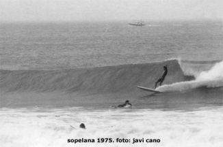 Surf en la playa de Arrietara (Sopelana) en 1975. Fotos de Javi Cano. Tengo Sitio Libre. Blog de Willy Uribe.