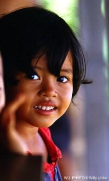 Niña. Bali. Indonesia. WU PHOTO © Willy Uribe Archivo Fotográfico Reportajes