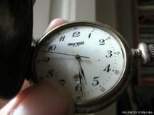 Reloj de bolsillo. WU PHOTO © Willy Uribe Archivo fotográfico Reportajes
