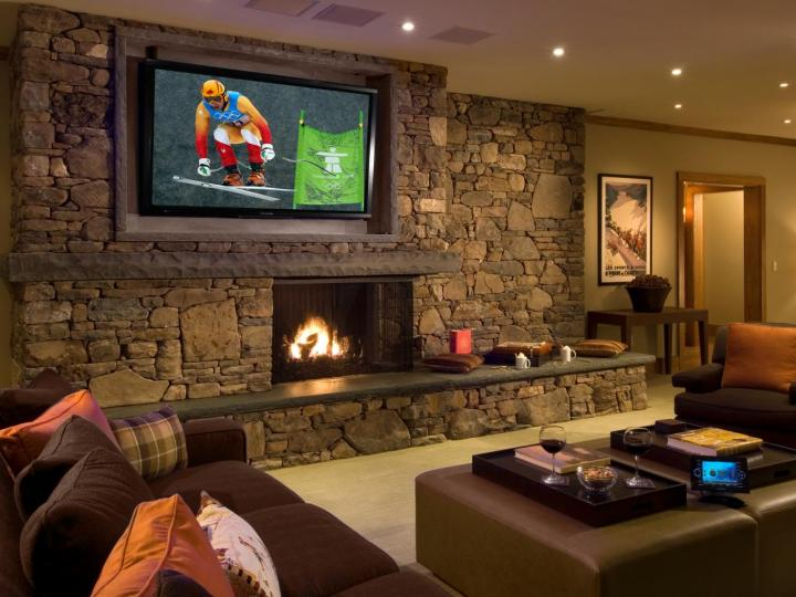 Man Pad Ideas] Leather Couch Man Cave Bachelor Pad Living Room ...
