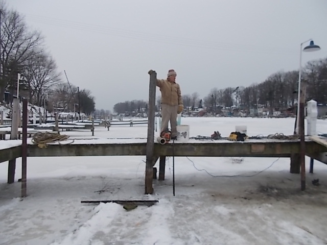 2014 WYC Dock Work Party 001