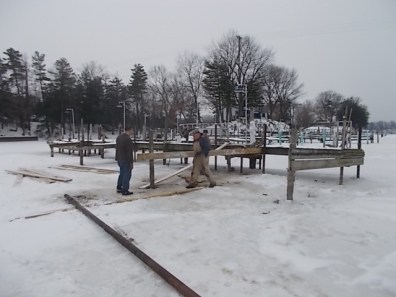 2014 WYC Dock Work Party 005