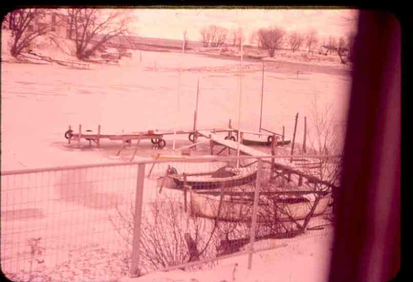 """East end """"T"""" dock with lifeboat"""