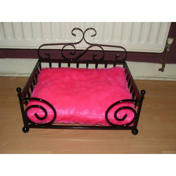 Small Pink Dog Beds