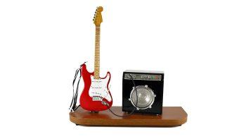 Miniatura: Palco com Amplificador e Guitarra Stratocaster