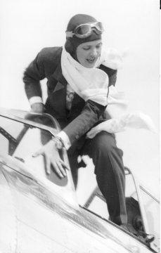 Jackie Cochran at 1938 Bendix Race