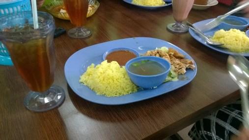 Nasi Ayam and Teh O' Sejuk
