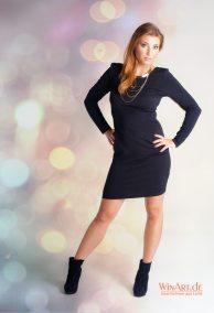 Ganzkörper Portrait im Kleid - winart.de