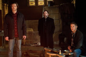 """Supernatural -- """"Hell's Angel"""" -- ImageSN1118A_0353.jpg -- Pictured (L-R): Jared Padalecki as Sam, Mark Sheppard as Crowley and Jensen Ackles as Dean -- Photo: Liane Hentscher /The CW -- © 2016 The CW Network, LLC. All Rights Reserved"""