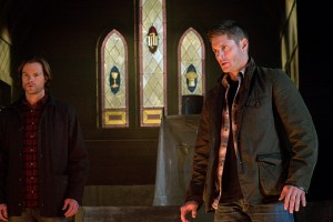 """Supernatural -- """"Hell's Angel"""" -- ImageSN1118A_0364.jpg -- Pictured (L-R): Jared Padalecki as Sam and Jensen Ackles as Dean -- Photo: Liane Hentscher /The CW -- © 2016 The CW Network, LLC. All Rights Reserved"""
