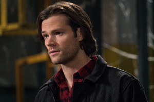 """Supernatural -- """"Hell's Angel"""" -- Image SN1118B_0187.jpg -- Pictured (L-R): Jared Padalecki as Sam -- Photo: Liane Hentscher /The CW -- © 2016 The CW Network, LLC. All Rights Reserved"""