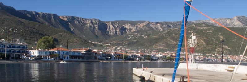 Tyros: Ein kleiner Hafen, fast für uns allein.