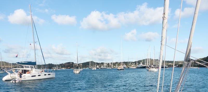 Ankunft auf Antigua: Falmouth Bay