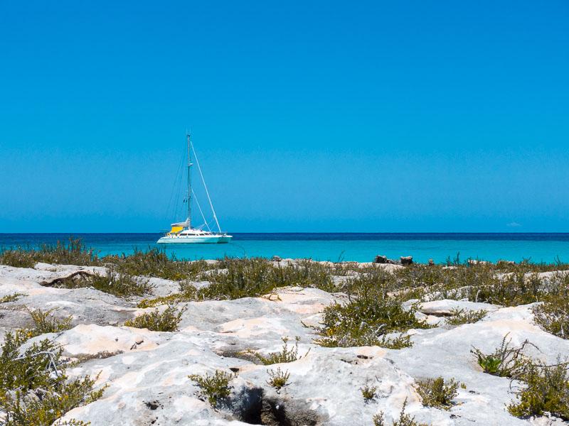 Mitsegeln auf den Bahamas: Traumstrände, Traumwasser, Traumfarben