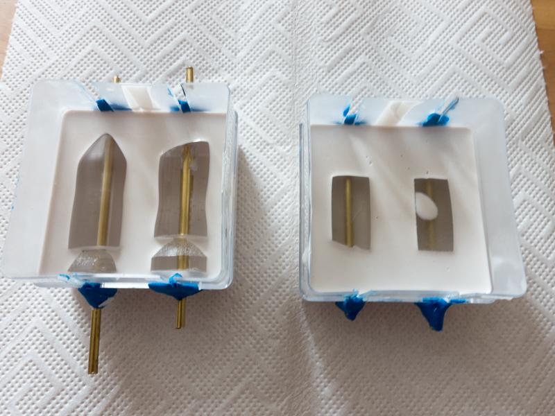 Schleppangel Köder selber machen: Die Gussformen aus Silikonmasse werden hergestellt