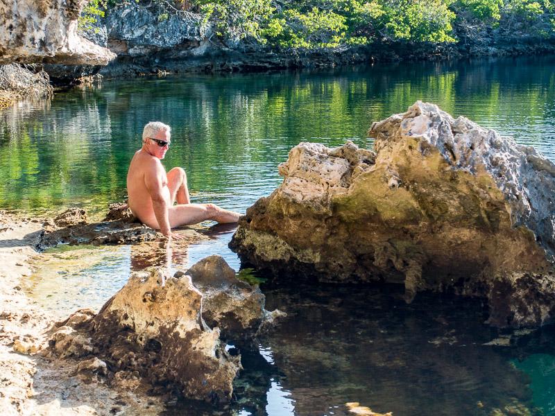 Hoffmans Cay Blue Hole: Bernd badet
