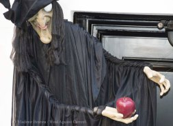 Halloween decorations 2015 30