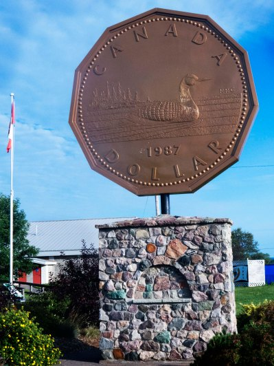 Giant Loonie, Echo Bay, ON