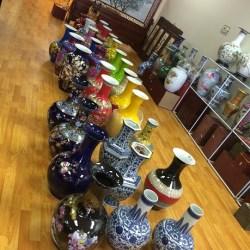 Chinese Jingdezhen Fine Ceramics Exhibition Center near First Oriental Supermarket in Orlando (Attrib: Windermere SUn-Susan Sun Nunamaker)