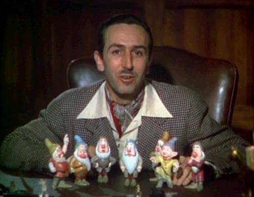 Walt_Disney_Snow_white_1937_trailer_screenshot_public domain final