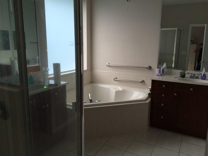 Freeman house-master bedroom bath final