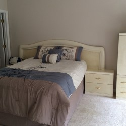 Master bedroom is huge, with en suite bathroom and 2 walk-in closets (photo credit: Windermere Sun-Susan Sun Nunamaker)