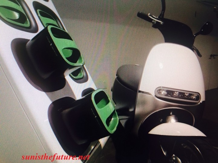 gogoros-smartscooter-and-its-charging-station-final