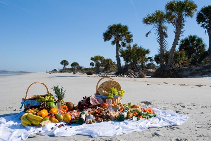 picnic-beach-picnic-by Roger Kirby