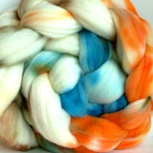 winding the skein, handspun yarn, thick and chunky, super bulky, handspun, thick and thin, newborn photography props,