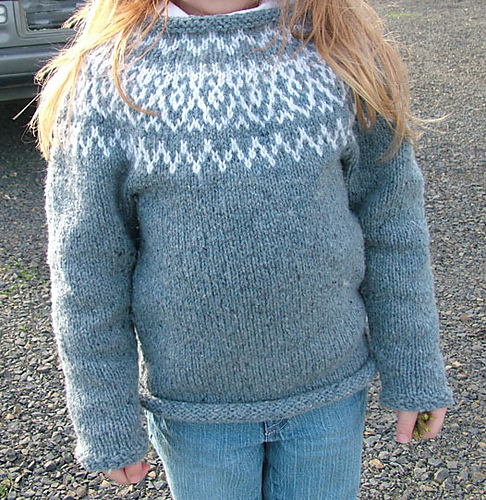 Huron sweater, windingtheskein.com, for a child