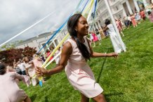 Lauren Hughes wraps the Maypole (AJ Reynolds/Brenau University)
