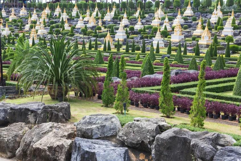 Nong Nooch Tropical Botanical Garden, Thailand andreystarostin123rf