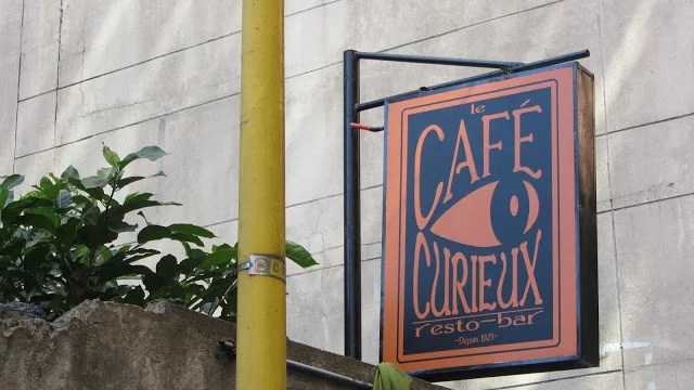 City-Guide-Makati-Curieux