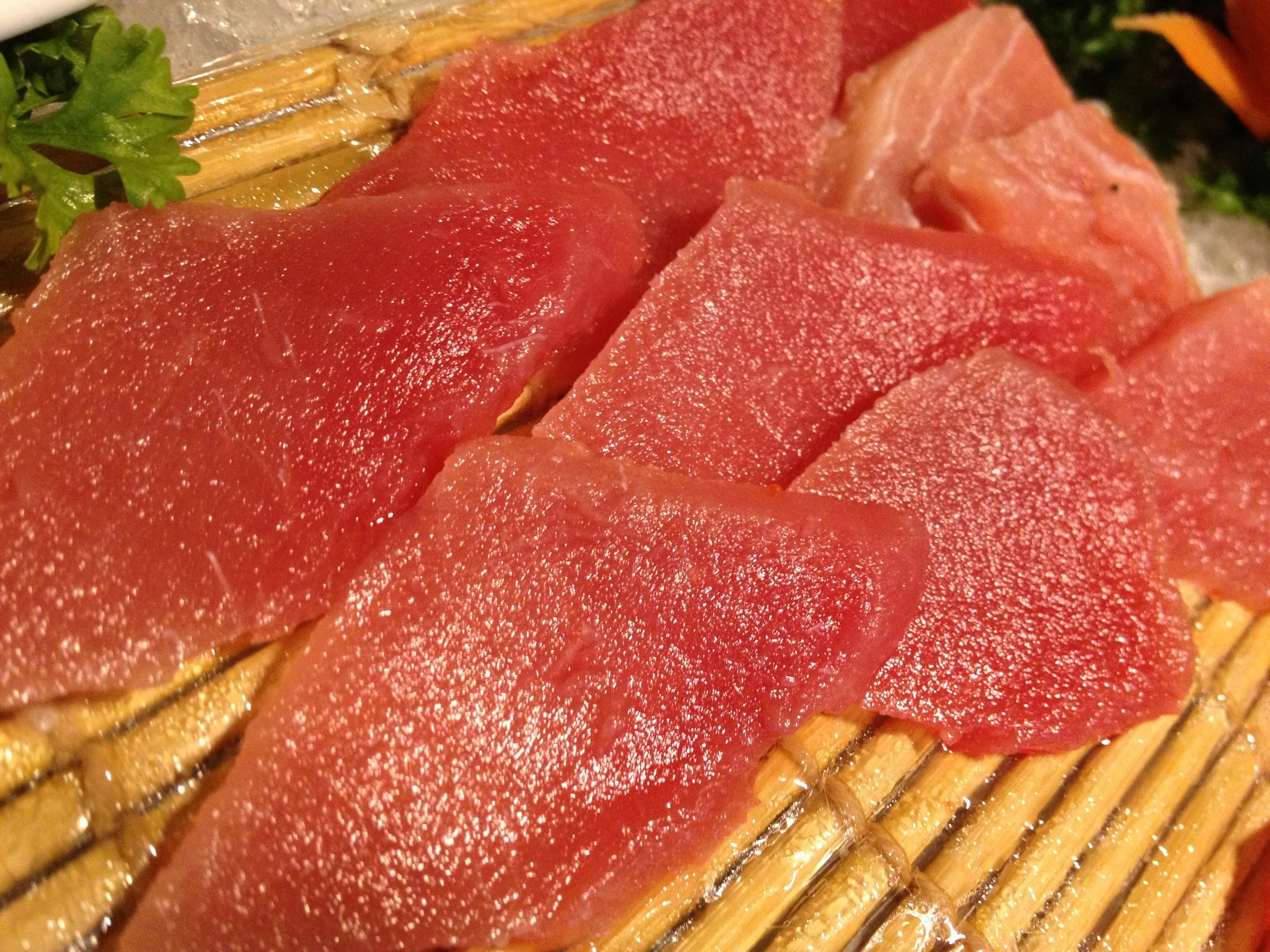Cafe-Marco-Slices-of-glistening-tuna-sashimi