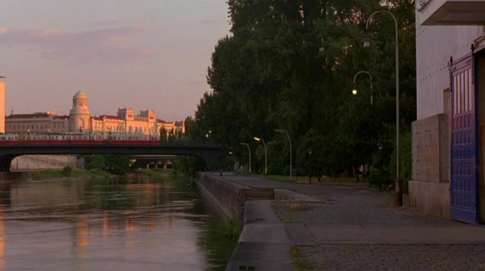 Before Sunrise 16