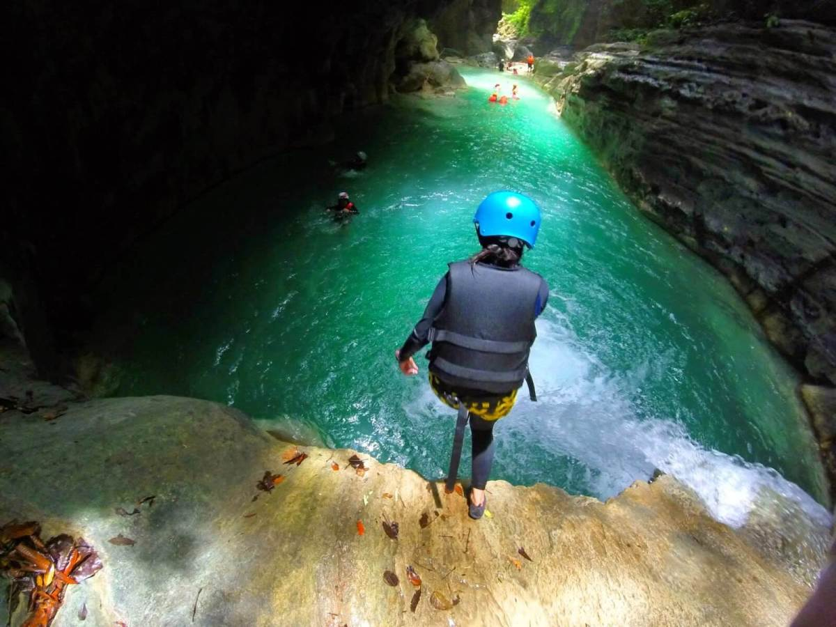 what to expect canyoneering in badian cebu