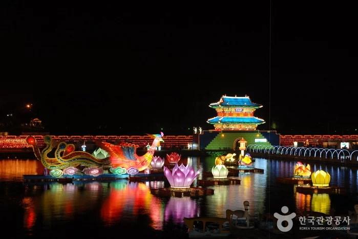 jinju-namgang-yudeung-lantern-festival-b