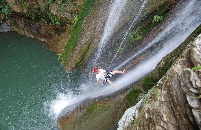 canyoneering-5