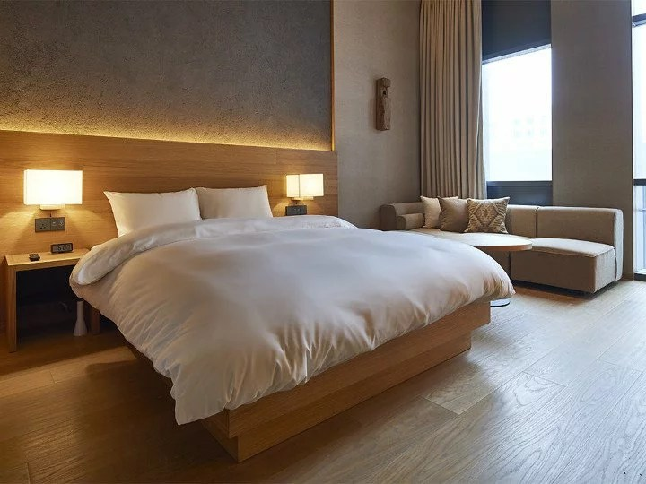 Heres a Look at the Newest MUJI Hotel in Shenzhen