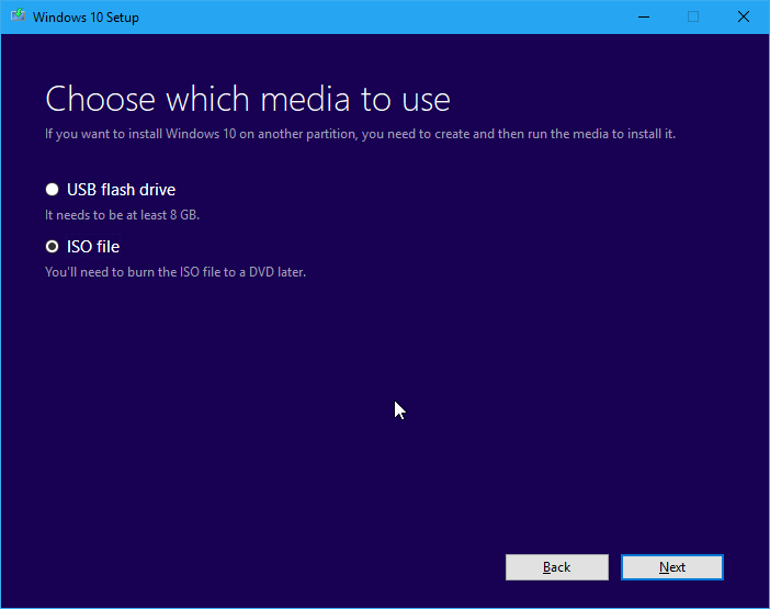 Memilih Media Instalasi Windows 10 Installer