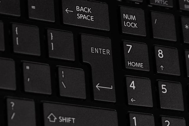 keyboard-417030_640