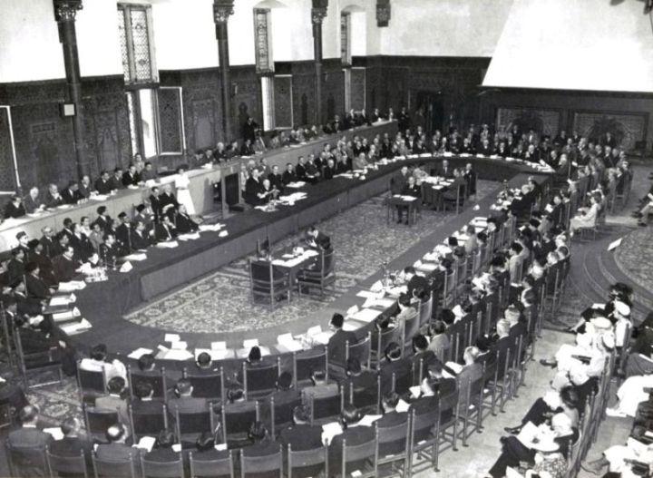 proses konferensi meja bundar