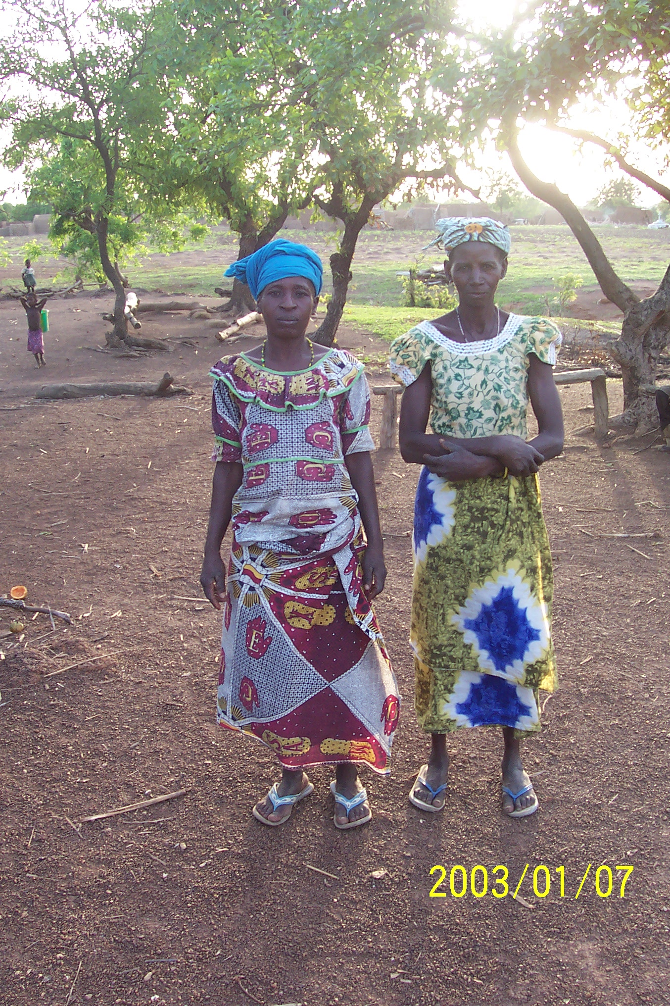 Sisters from Nawn-Maare