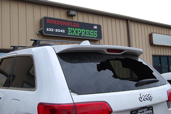 windshield replacement Colorado Springs, winshields colorado springs, windsheild replacement colorado springs, windshield repair colorado springs, winshield chip repair colorado springs, window repair colorado springs, rear window replacement colorado springs, windows colorado springs, auto windows colorado springs, rock chip repair colorado springs, rock chip colorado springs, winshield company colorado springs